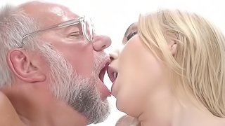 Brazzers blond girl gets fucked by old guy Blonde Teen Fucks Old Man Hd Porn Search Xvidzz Com