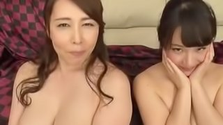 japanese mother daughter